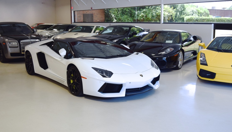 Blacklist Lamborghini: QUICK LOOK AT THE SHOWROOM TODAY